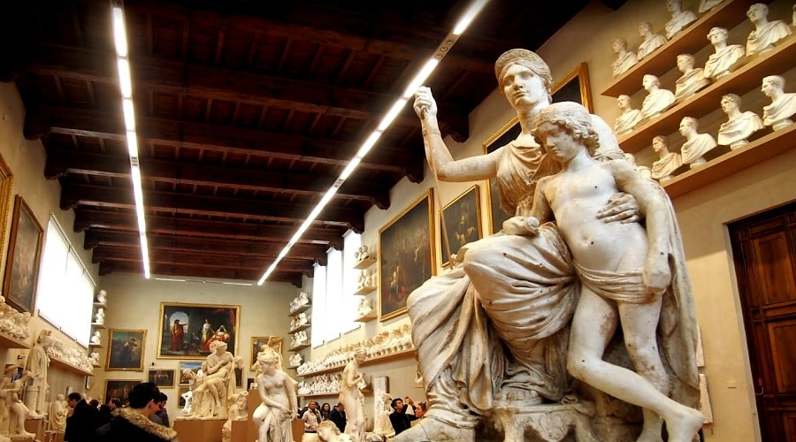 Академия изящных искусств (Флоренция) - фото
