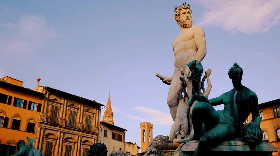Площадь Синьории во Флоренции - фото