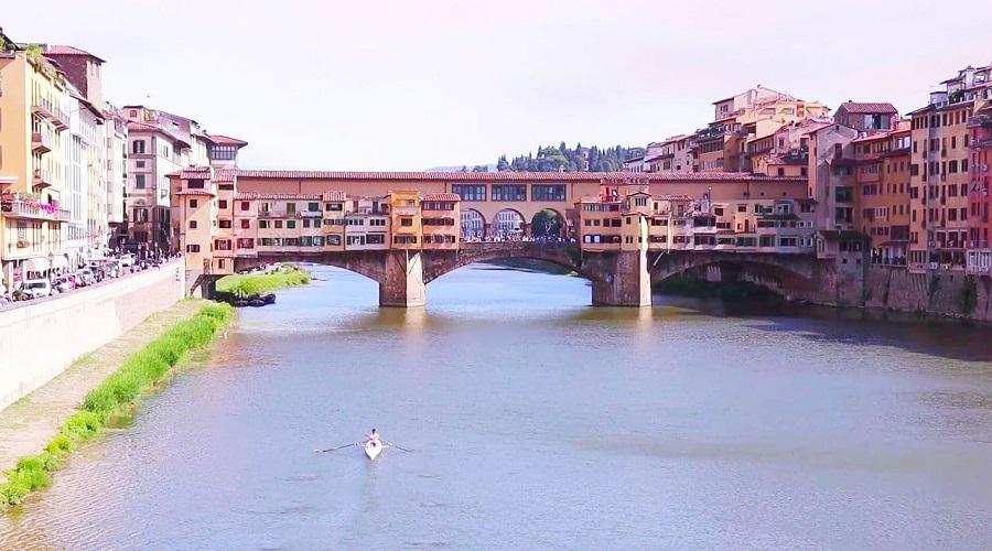 Понте-Веккьо или Старый Мост - фото