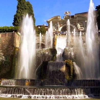 Тиволи - город в провинции Рима - фото