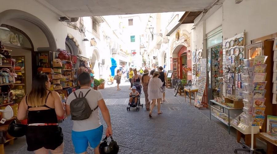 Торговые улицы Амальфи -фото