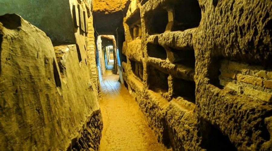 catacombs_domitilla 5 - foto