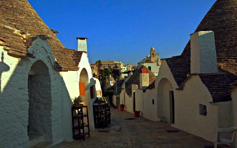 Улицы Альберобелло - фото